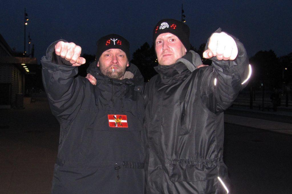 Sandy Steen Kristensen (til venstre) ses her i selskab med Paw Pinstrup Nielsen. Pinstrup blev også selv fornylig dømt for trusler mod et folketingsmedlem og Redox' redaktør. (Foto: Privat)
