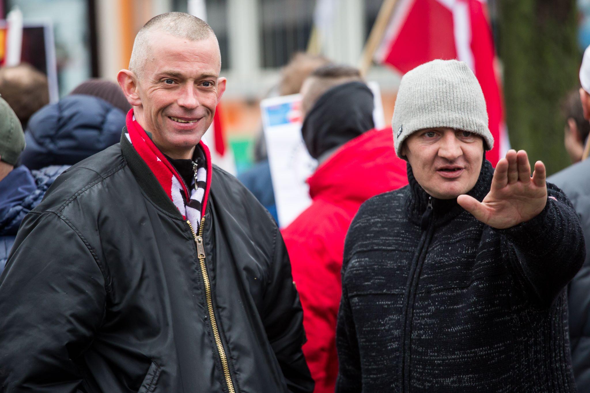 Niels Erik Clausen ses her (tv) under en demonstration arrangeret af den danske PEGIDA-bevægelse, For Frihed i 2016. Foto: Redox.